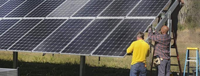 Decorah uses community effort to take the lead on solar energy